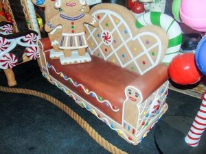 Gingerbread Bench (JR S-130)