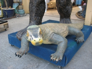 Komodo Dragon Small 5.5ft (JR 120001)