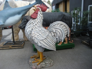 Colossal Barnyard Rooster (JR 110114)