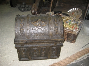 Pirates Treasure Chest - Small (JR NT0023)