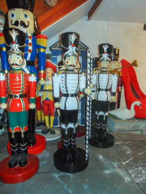 Toy Soldier with Baton 6.5ft (JR 170164WSB)