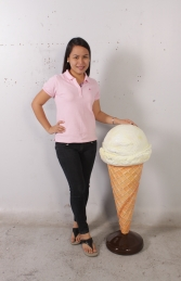 Standing Ice Cream Small - Vanilla 3ft (JR 130017v) - Thumbnail 02