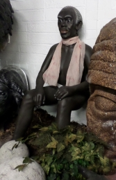 Lady- African Seated (JR AFRL) - Thumbnail 03