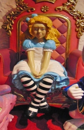 Alice - Sitting (JR 170076) - Thumbnail 03