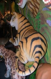 Tiger Lying Down (JR 2366) - Thumbnail 02
