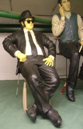 Blues Brothers seated life-size pair (JR 1525)  - Thumbnail 02
