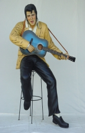 Elvis style Singer seated with Guitar Life-size (JR 1512) - Thumbnail 01