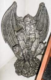Gargoyle 2.5ft (JR 090074)