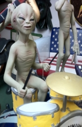 Alien Encounter - Drummer 2ft (JR 1552)