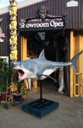 Shark Great White 12ft w/stand (JR 100072) - Thumbnail 01