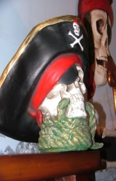 Pirate Skull Bust with Rope (JR 2436)