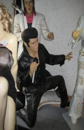 Elvis Style Singer Kneeling with Microphone 6ft (JR 2767)	