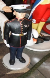Marine in Attention 3ft (JR 2185) - Thumbnail 02