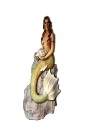 MERMAID STATUE ON ROCK (REAL LIFE COLOUR) - JR R-160