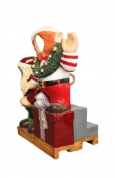 Crazy Elves with gifts Photo Op (JR S-168) - Thumbnail 02