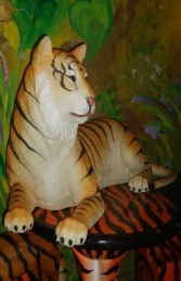 Tiger Lying Down (JR 2366) - Thumbnail 01