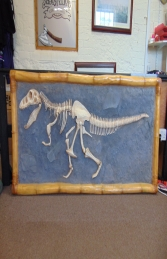 T Rex Skeleton wall mounted (JR R-048)