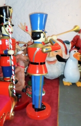 Toy Soldier with Trumpet 6ft (JR 140007) - Thumbnail 03