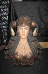 Viking Female Bust - (JR 2280) - Thumbnail 01