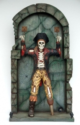 Pirate Skeleton Chained to Wall 7ft+ (JR FC)